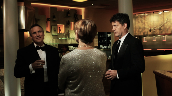 In the clip John Darrow (played by Paul Lussier) offers Constance Smith a drink.
