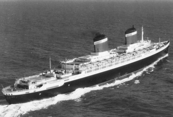 The SS United States sailing