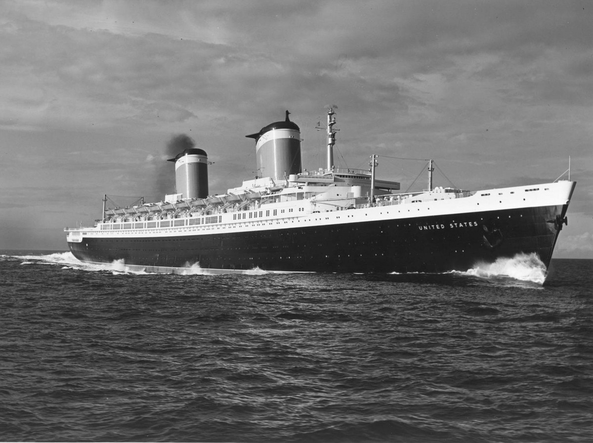 SS-United-States-bw
