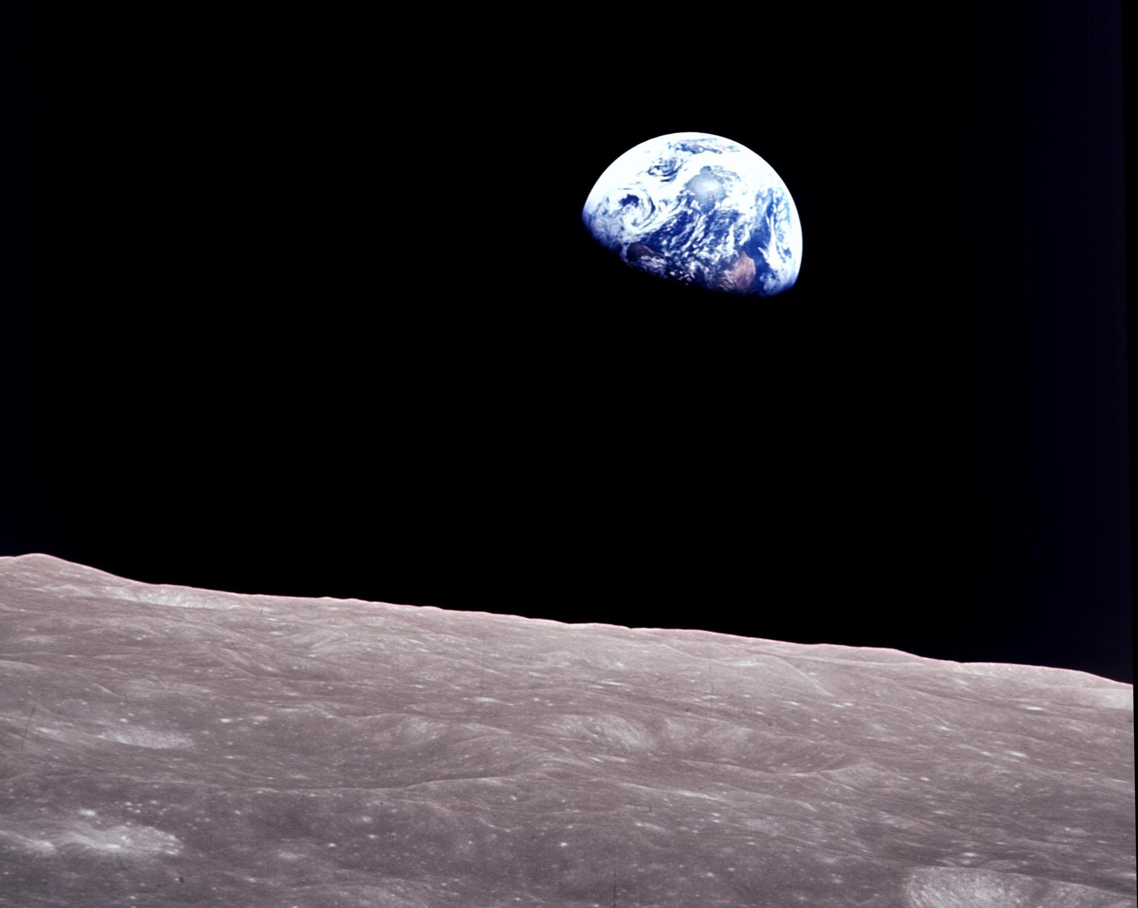 earthrise-blog1